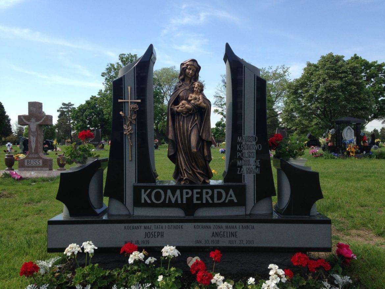 Komperda Monument